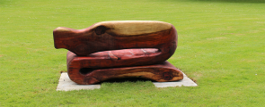 <h5>Redwood bench</h5>